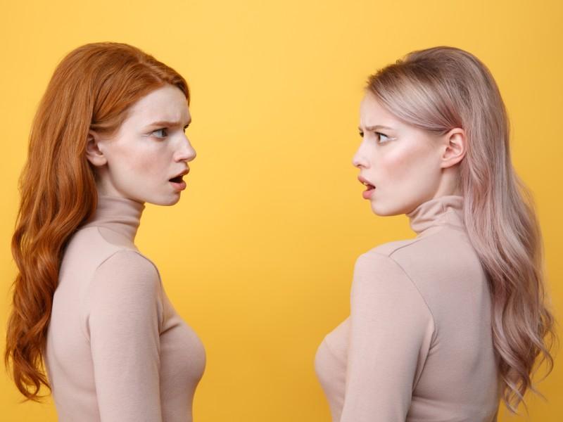 Eva versus Chloë 800x600